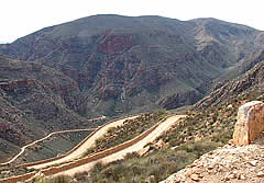 The way down the Swartberg Pass [vdb]